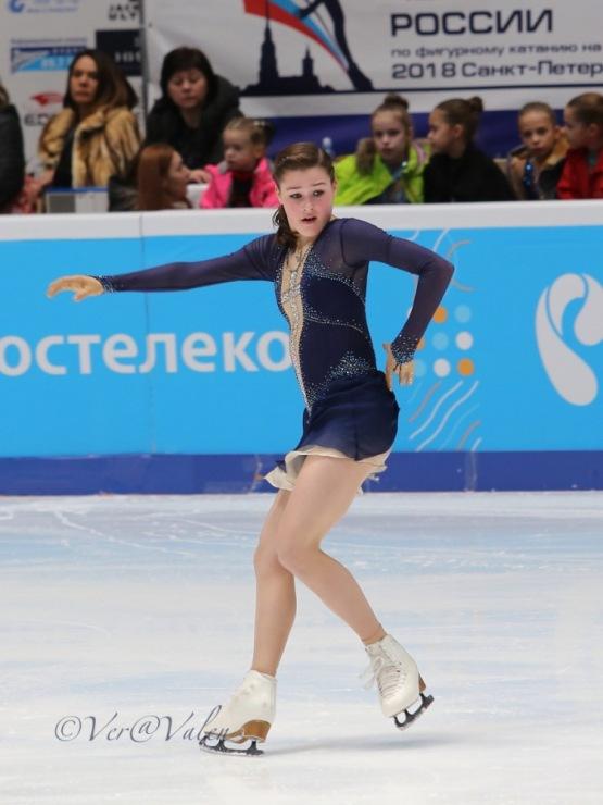 Анастасия Гулякова - Страница 2 339860-e485f-105235799-m750x740-u34618