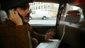 Мужчина в такси
